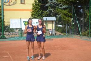 víťazky štvorhry sestry Viktória a Katarína Kužmové